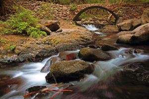 Multnomah Creek Footbridge, on a hike to Multnomah Basin
