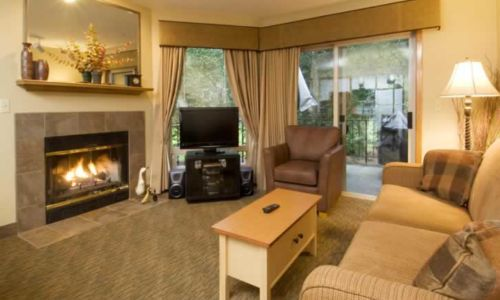 Whispering Woods Resort 1 Bedroom Unit